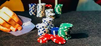 Four Key Tactics the professionals Use for Gambling